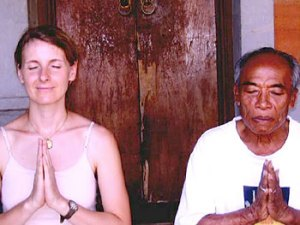 Elizabeth Gilbert and Ketut Liyer