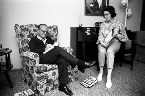 1966, Holcomb, Kansas --- Truman Capote signing copies of his book  with Harper Lee.  Capote and Lee are in Kansas during  the making of the film of the same name.   --- Image by © Steve Schapiro/Corbis