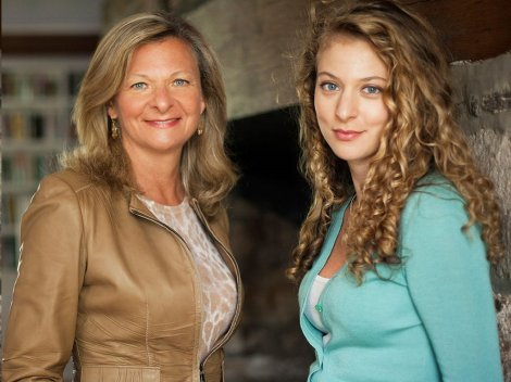 Lisa Scottoline and Francesca Serritella